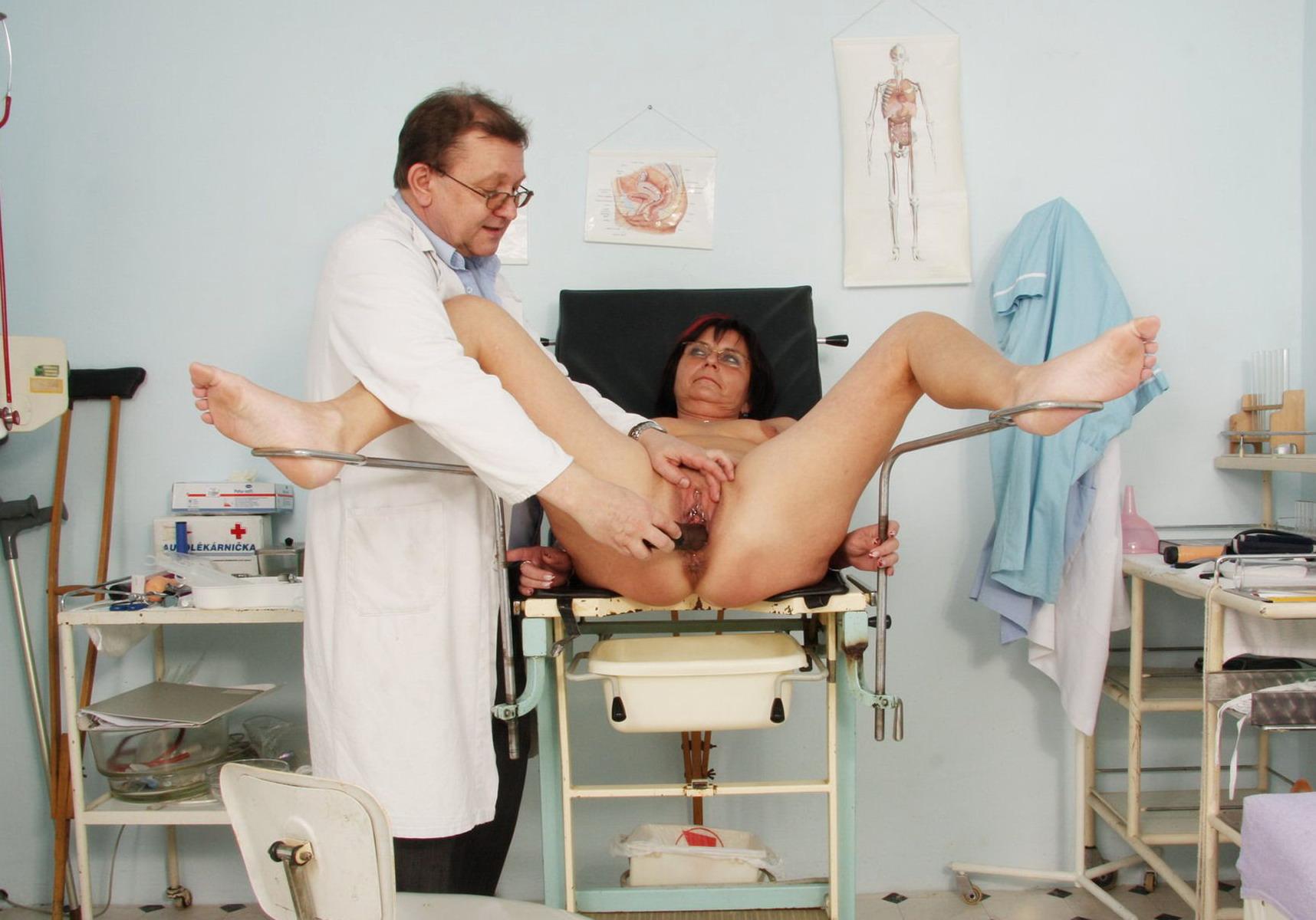Фото девушек в гинеколога 16 фотография