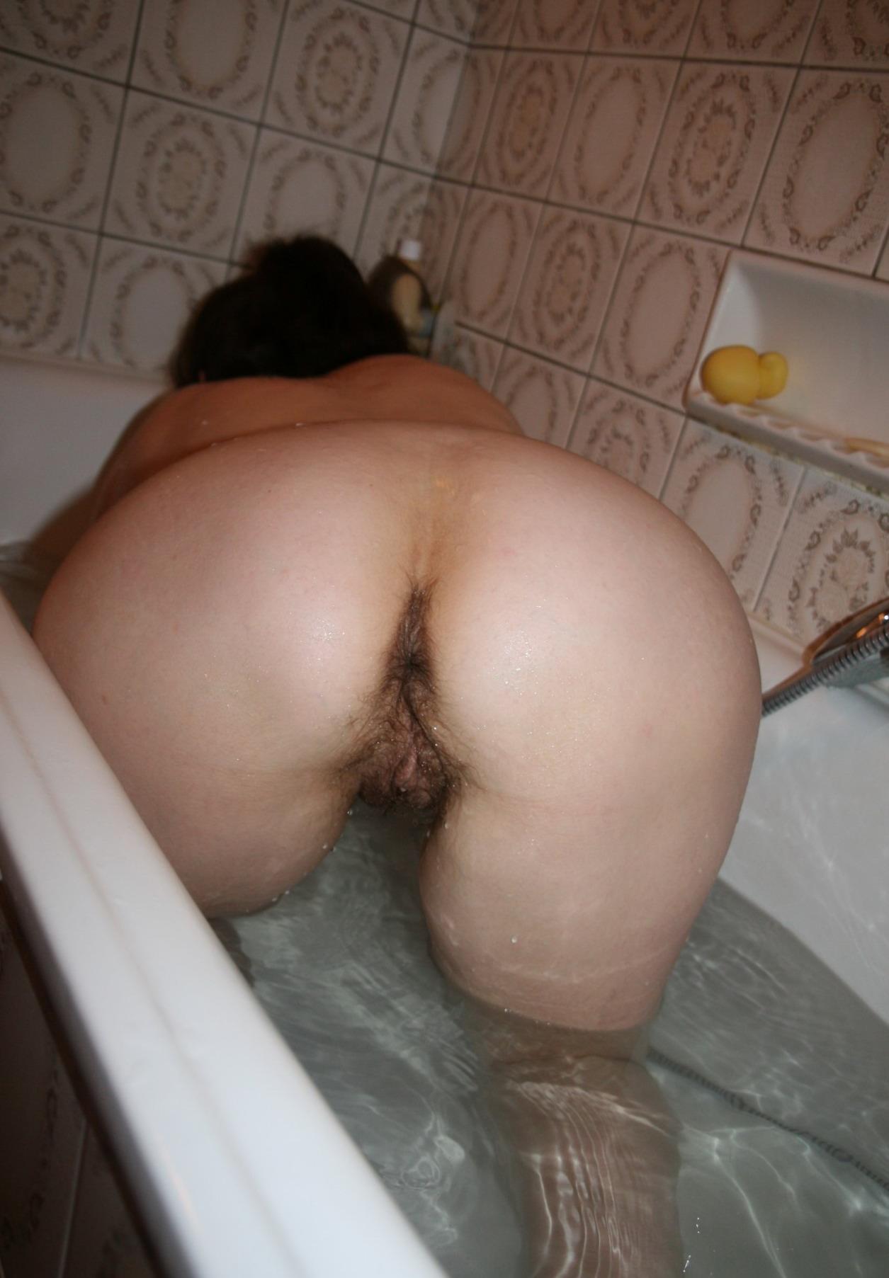 Посмотреть как бабы подмывают пизду 20 фотография