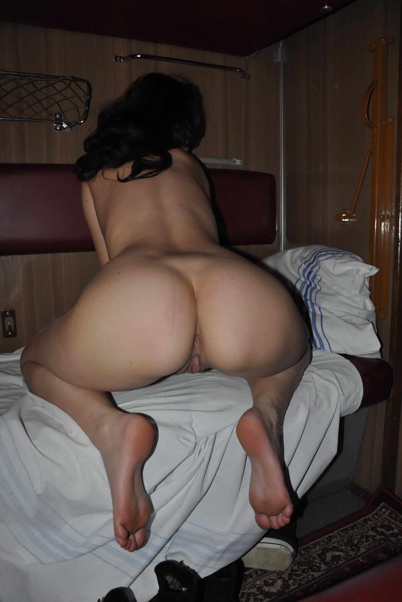Смотреть секс зрелых женьшин в купе поездов 4 фотография